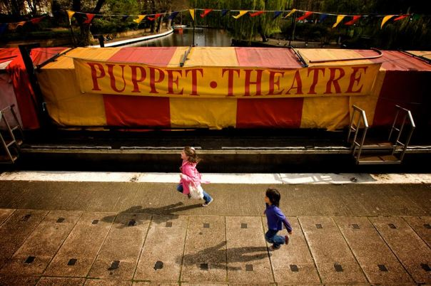 puppet_theatre_barge